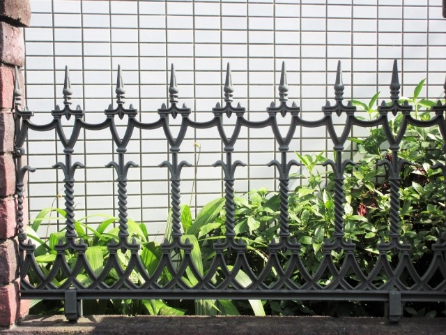 s_fence1